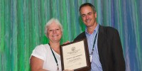 Susanne von Caemmerer receiving the Charles F. Kettering Award