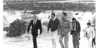 Professor Slatyer (as Australian Ambassador to UNESCO ) with NSW Premier Neville Wran, at Lake Mungo, c 1981